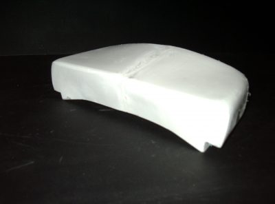 R6 (99-02) – Seat Base Support