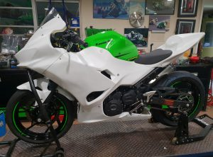 a Ninja 400 Race Fairing Full kit